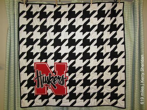 Kerry's Nebraska houndstooth quilt